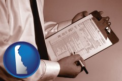 delaware map icon and a tax consultant holding an IRS form 1040